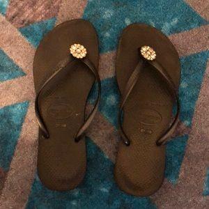 Havainas slim jeweled flip flops